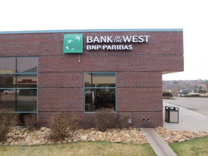 Bank of the West Signage