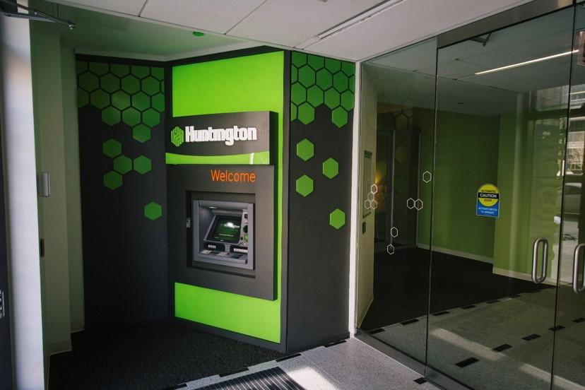 Huntington Signage